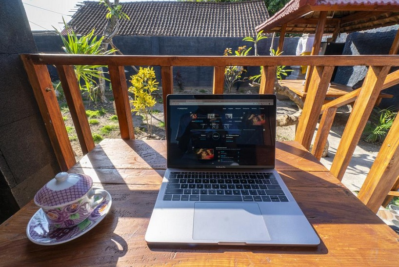 blogging and have a rest